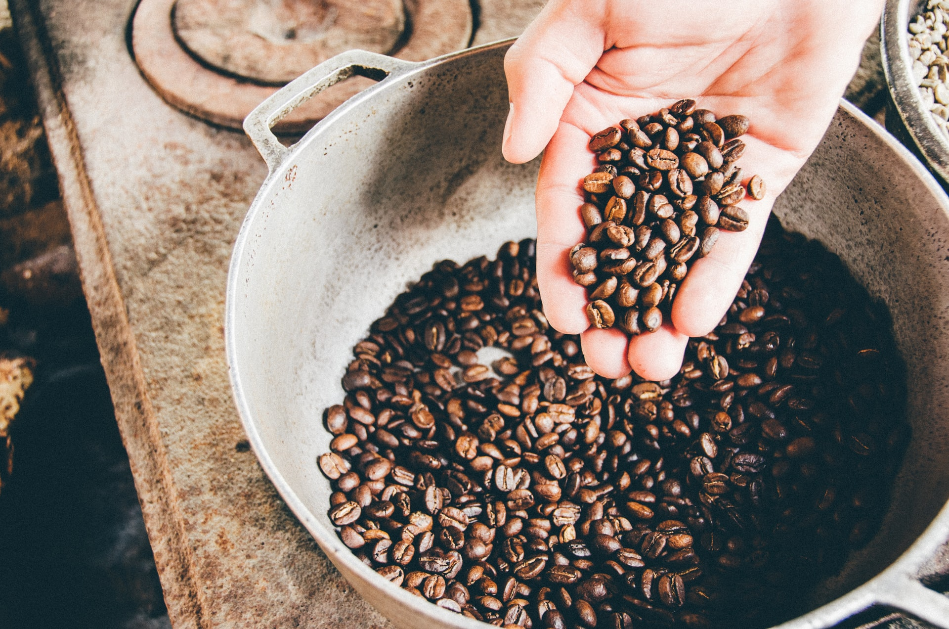 10 Tips to Make The Best Office Coffee